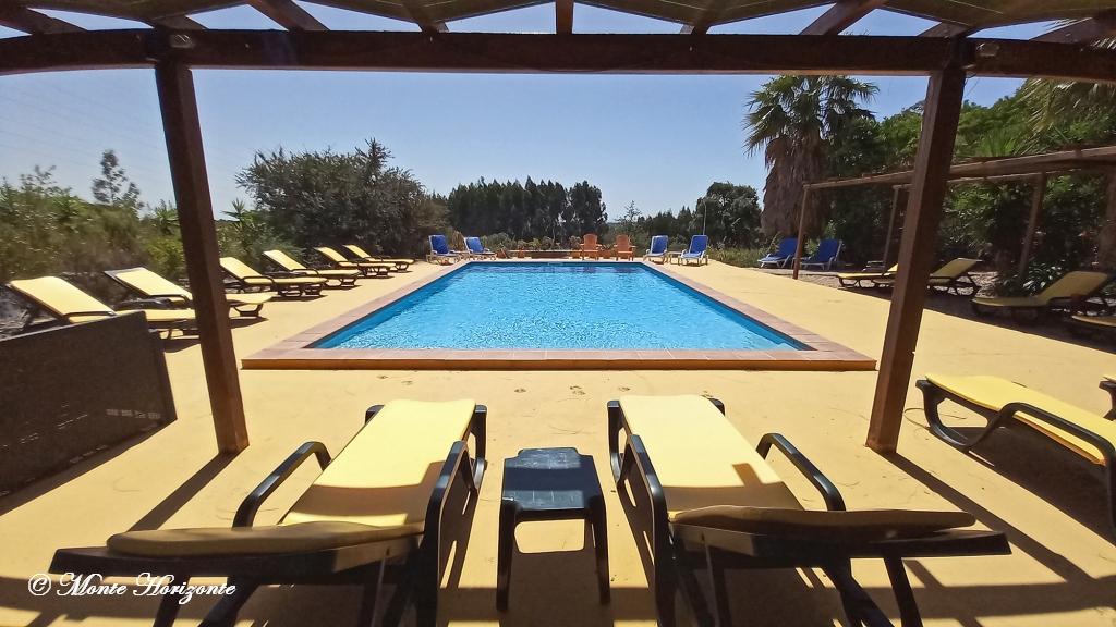Urlaub in Portugal Monte Horizonte Schwimmbad