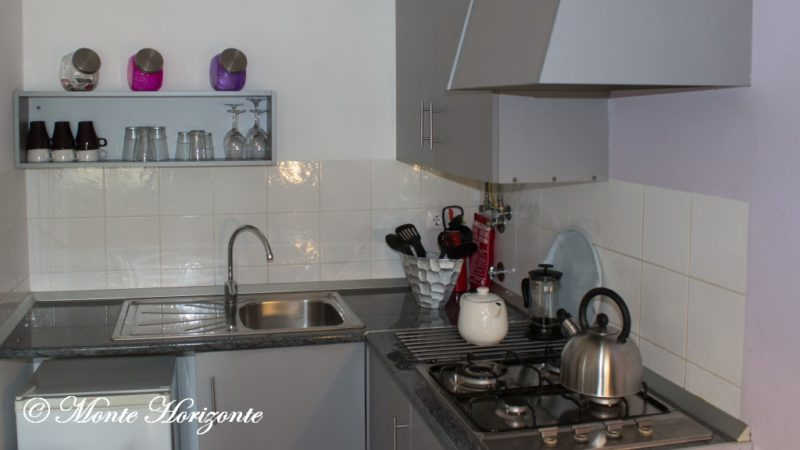 Monte Horizonte Casa-Camelia-Kitchen
