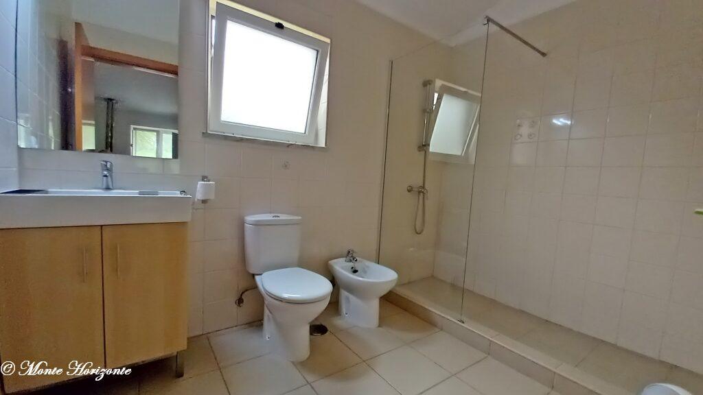 Monte Horizonte Holiday Portugal Casa Oliveira Bathroom