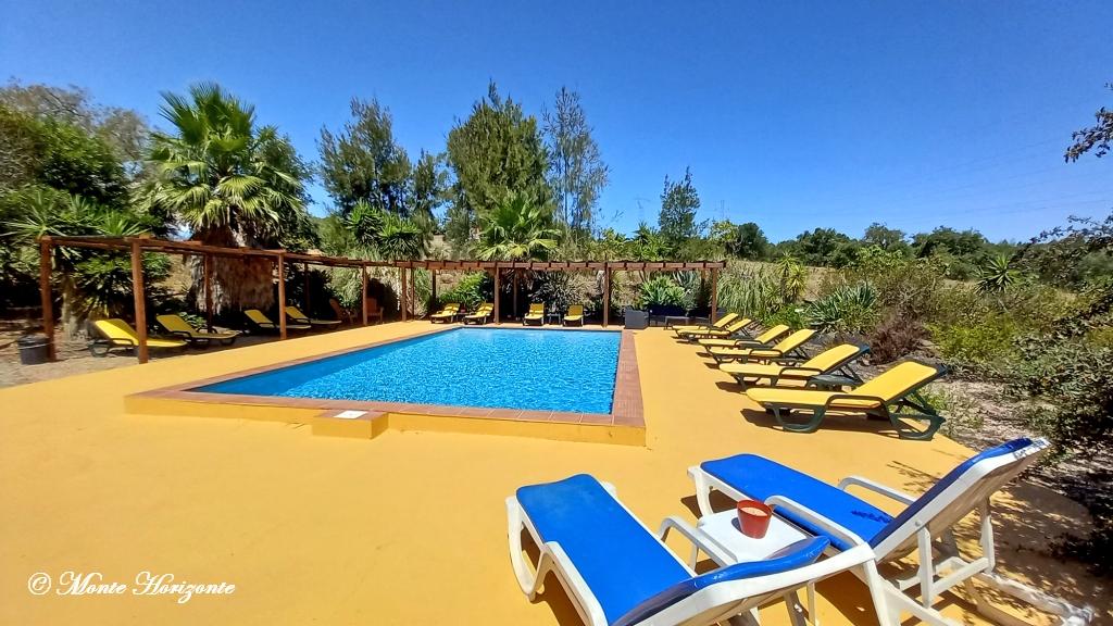 Swimmingpool Monte Horizonte